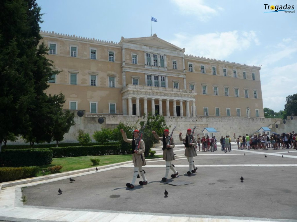 Athens Tour Acropolis Summer Excursion From Pefki Edipsos 007
